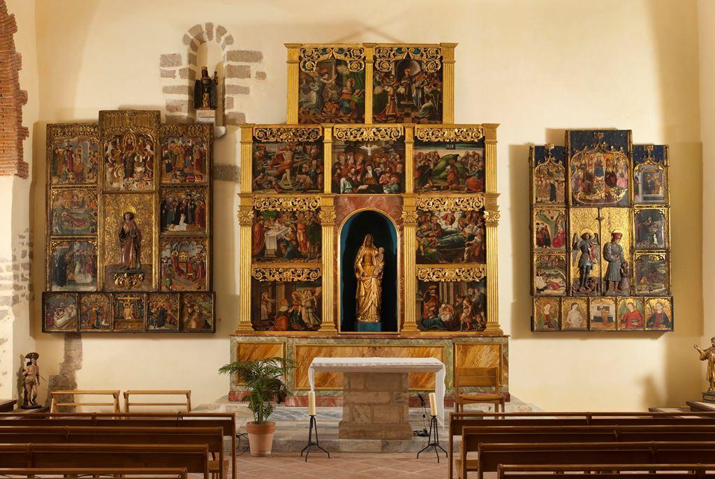 Retables et objet de culte réalisés entre le XVème et le XVIème siècle
