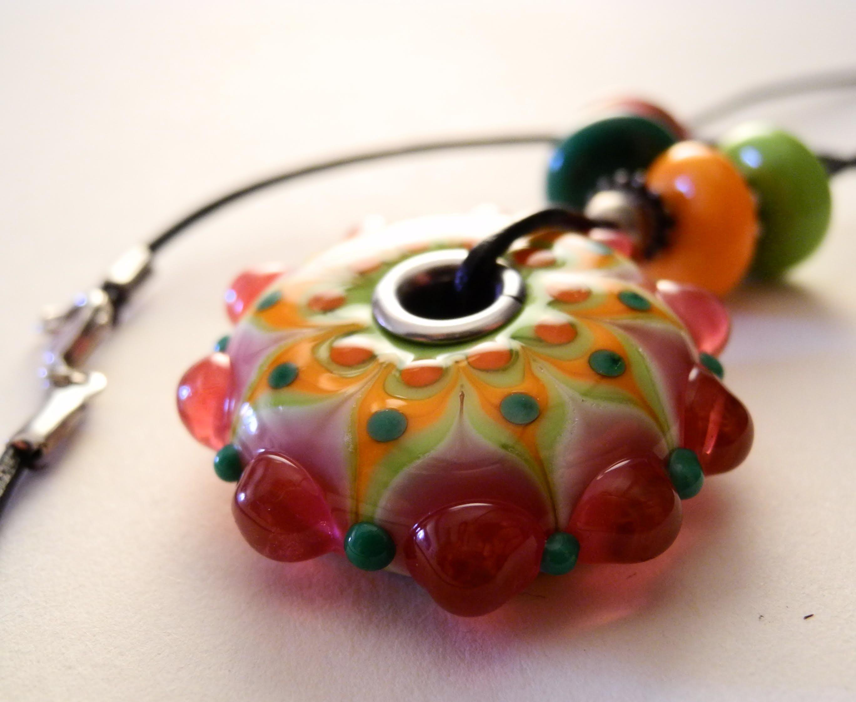 perle de verre de Marie Munos (perlière)